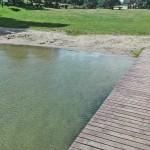 łagodne, piaszczyste wejście do wody